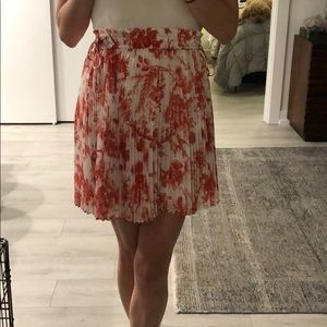 Club Monaco floral pleat skirt